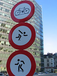 Panneau routiers de signalisation